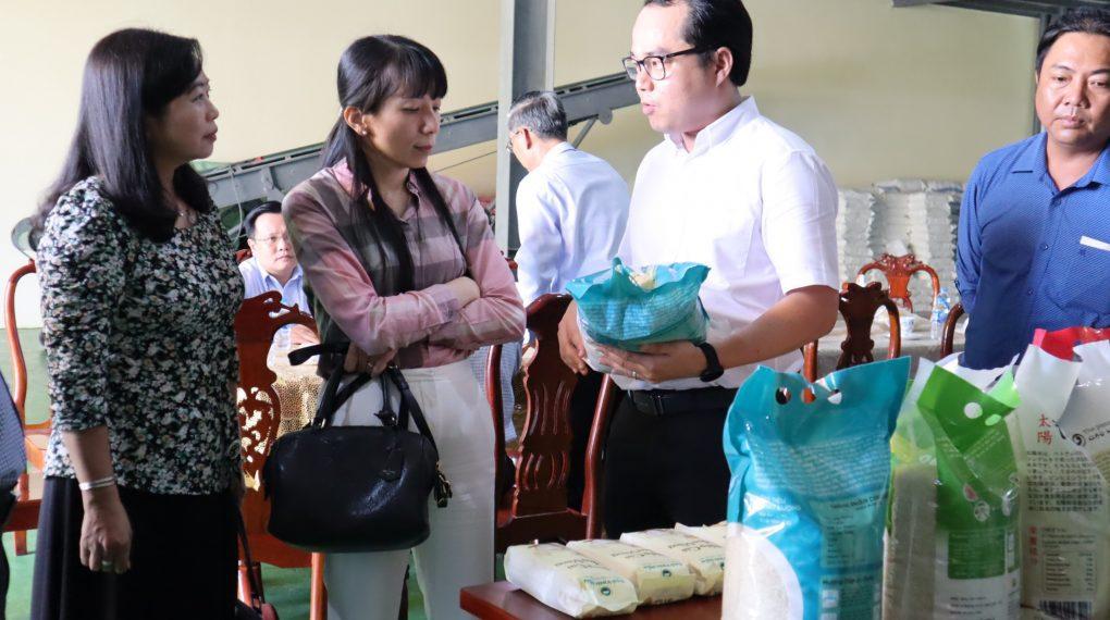 Bộ NN&PTNT thăm quan Vinh Hiển